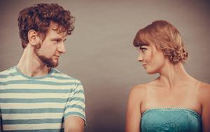 Hombre y mujer con carácter seductor