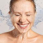 Una buena limpieza de la piel facial